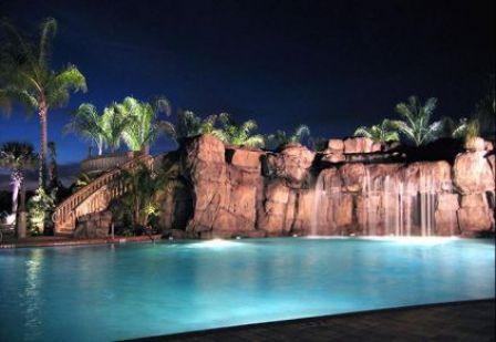 Caliente Tampa Pool