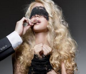 5 Kinky Things Blindfolded