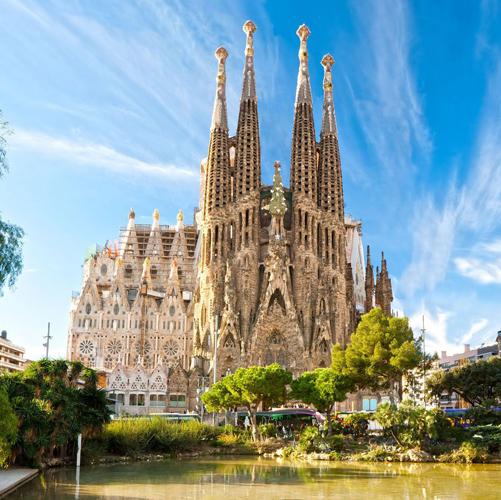 Gaudi Tour Desire Barcelona VIP precruise