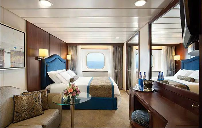 Tahiti Cruise 2022 Deluxe Oceanview Cabin